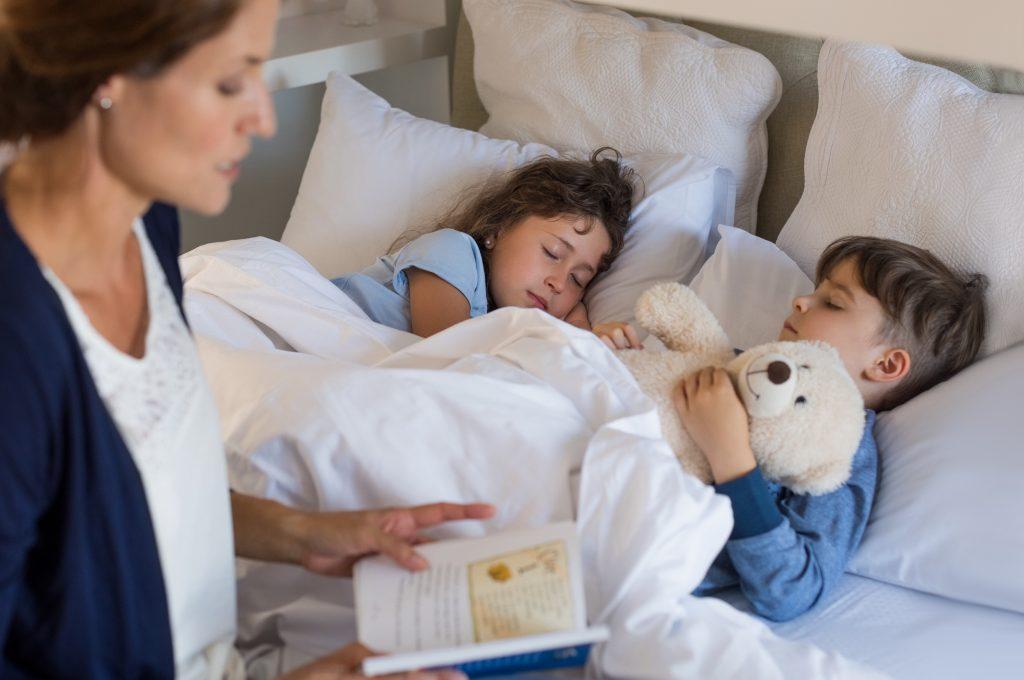 Как уложить ребёнка спать?